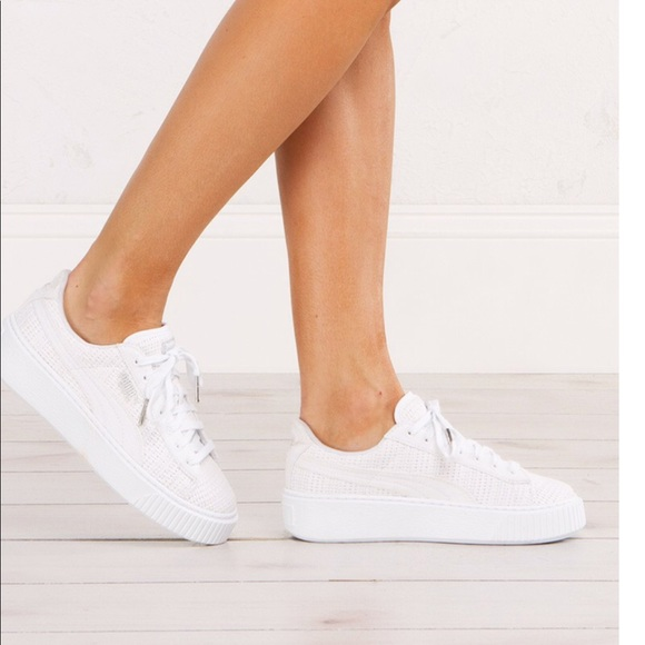 e41a4f56fd8b NWOT 👟 Puma Basket Platform Sneaker 👟. M 5a7c993fcaab44d01c06d8a8